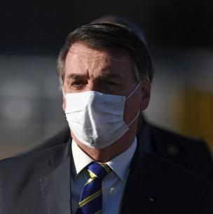 Aseguran que Jair Bolsonaro presenta síntomas de coronavirus