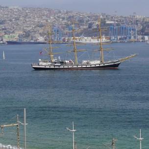 Expertos analizan posibilidad de que gran terremoto afecte a Valparaíso: