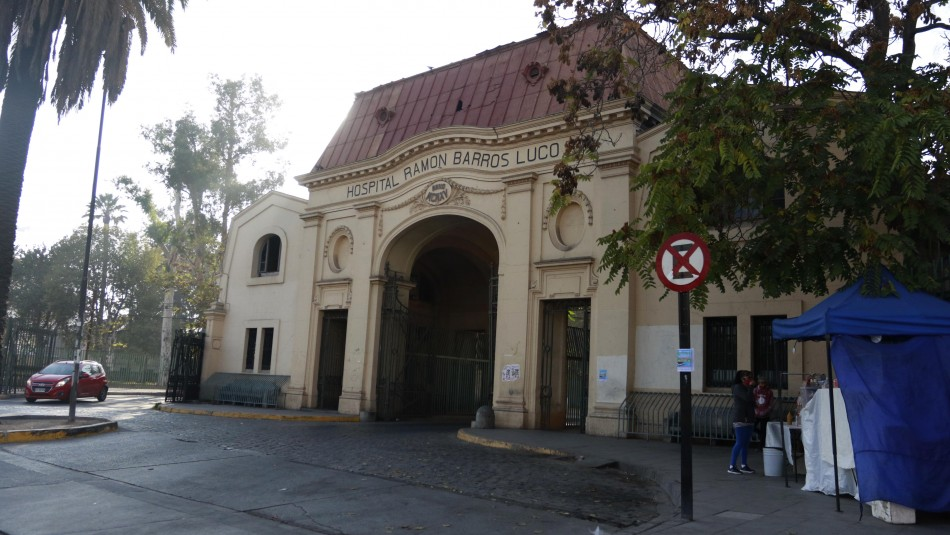 Fallece funcionaria del Hospital Barros Luco a causa del coronavirus