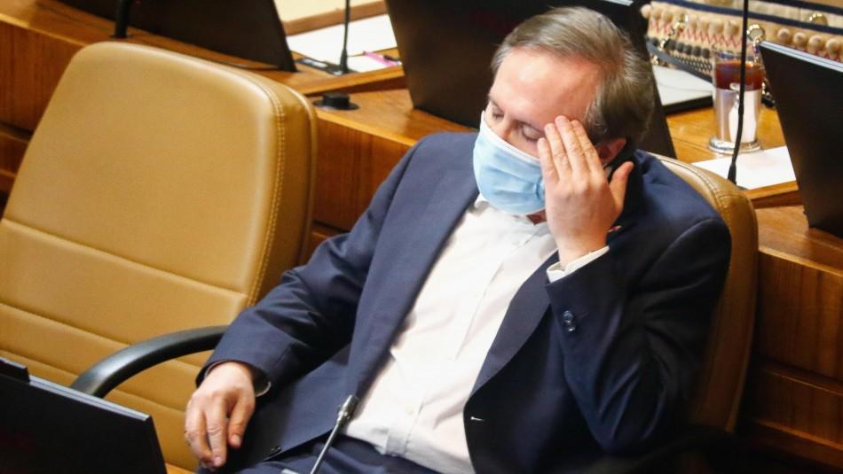 Discusión proyecto fondos AFP: Diputado Moreira se desmaya en pasillos del Congreso