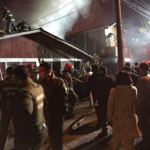 Mujer de 90 años fallece en incendio que afectó su vivienda en Pedro Aguirre Cerda