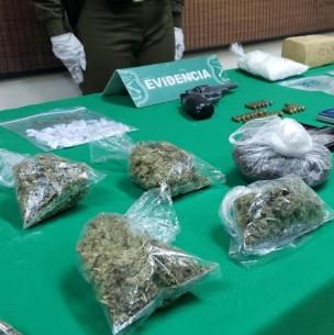 Carabineros incauta kilos de drogas tras detención de tres individuos en San Ramón
