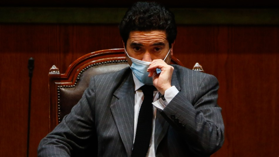 Briones reitera rechazo a proyecto de AFP: