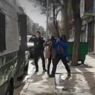 Detienen a 41 personas al interior de bodega que funcionaba en Barrio Meiggs