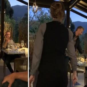 Camarera gana millonaria propina por frenar en seco a sujeto que insultó a una familia en California