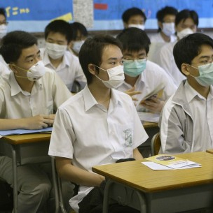 Hong Kong cierra nuevamente las escuelas por repunte de contagios de coronavirus