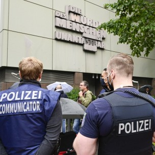 Alemán es condenado por asesinar a seis familiares en pleno funeral de su abuela