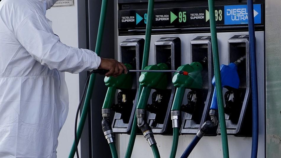 Precio de las bencinas bajará por decimonovena semana consecutiva desde este jueves