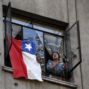 Con bocinazos y manifestaciones en edificios festejan aprobación de retiro de fondos de AFP