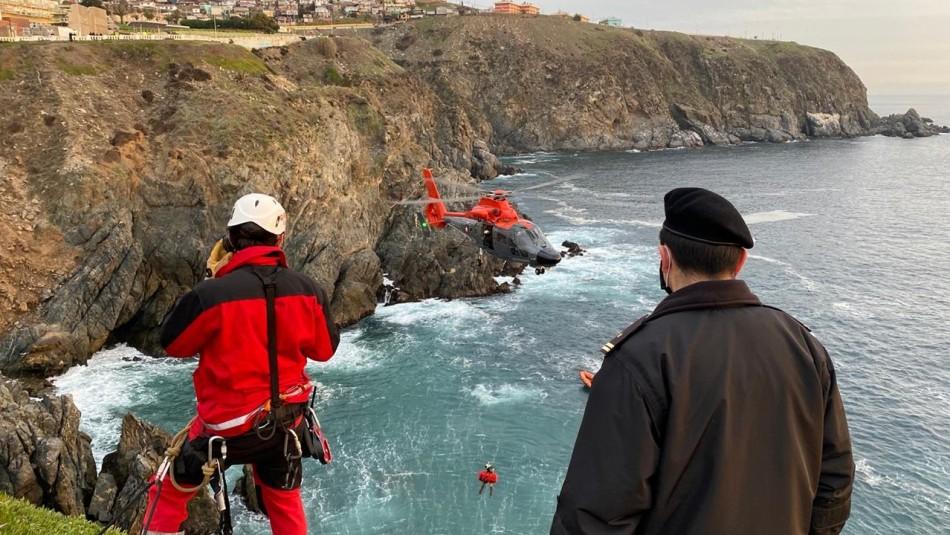 Menor de edad falleció tras caer en roqueríos del sector de Playa Ancha en Valparaíso