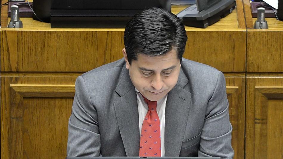 Senador Araya y retiro de fondos: Si se aprueba veo muy difícil que el actual sistema de AFP siga existiendo