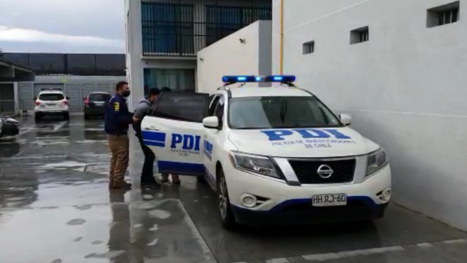 Prisión preventiva para sujeto que acompañó a excarabineros en tiroteo contra manifestantes
