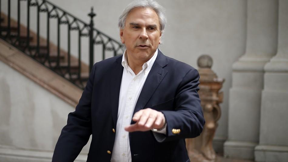 Moreira y llamado de Longueira a senadores UDI: