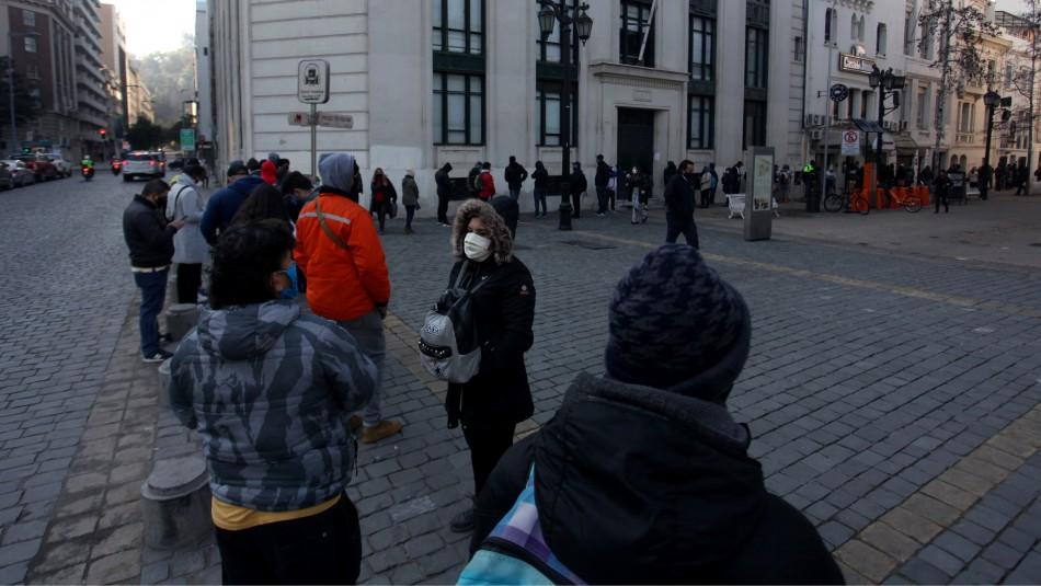 Retiro del 10% de las AFP: Largas filas se generan en las afueras de sucursal