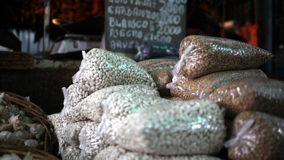 Legumbres registran alza de precios debido a las cajas de alimentos del Gobierno