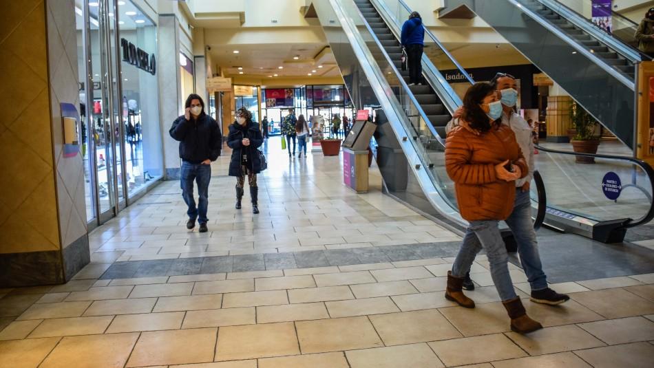 Malls preparan para su reapertura con cámaras térmicas y sanitizadores