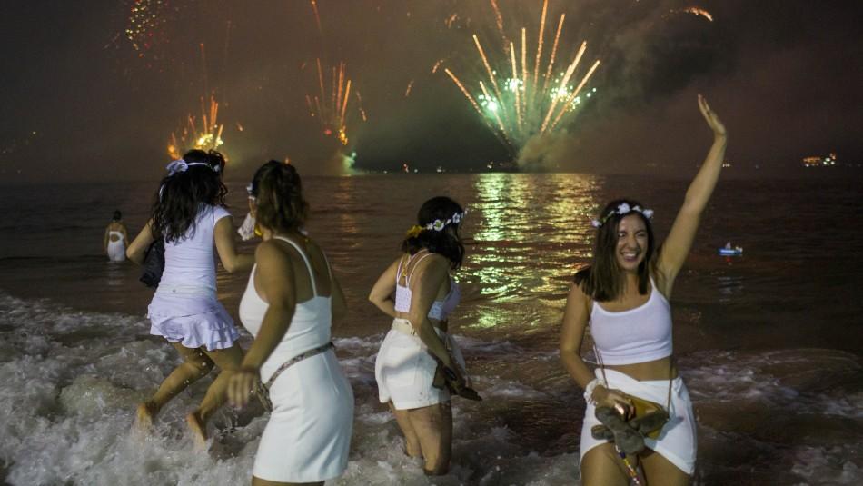 Rio de Janeiro cancela tradicional fiesta de fin de año por el coronavirus y peligra el Carnaval