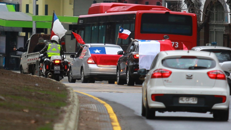 """Caravana del """"Rechazo"""" por la Alameda: Carabineros niega haberla ..."""
