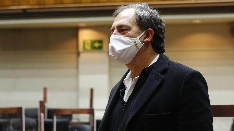 Girardi solicita al Gobierno apurar el registro del remdesivir para poder importarlo al país