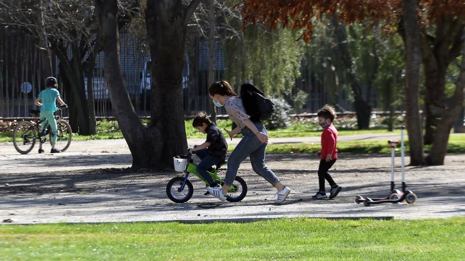 Minsal evalúa qué días y a qué lugares podrán salir los niños durante la cuarentena