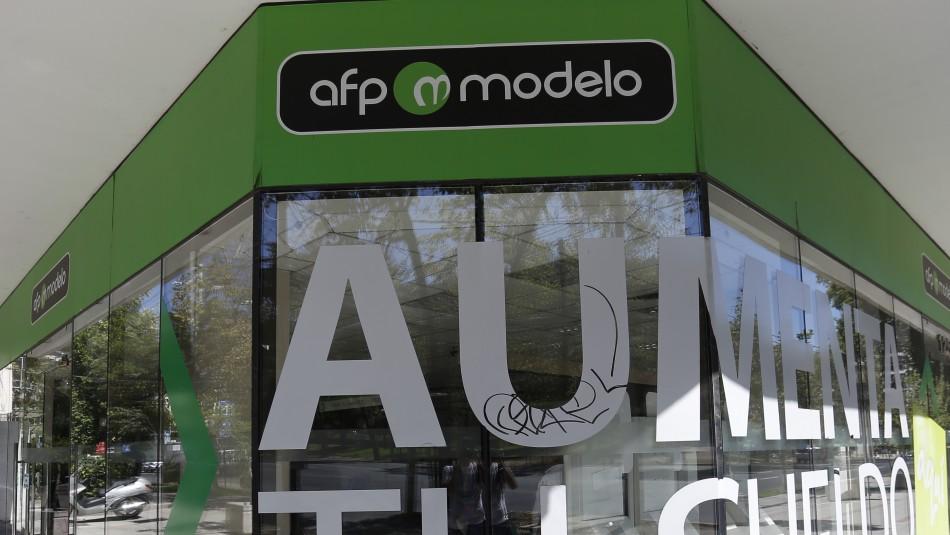 AFP Modelo explica por qué solicita foto de la cédula de identidad en formulario para retiro del 10%