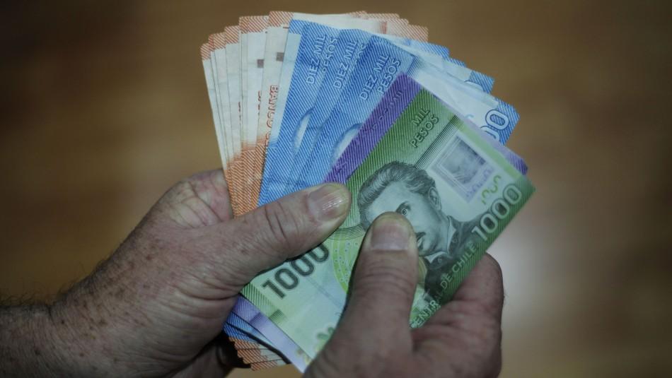 Bono $500 mil: Se han aceptado 23.000 solicitudes en la primera hora de postulación