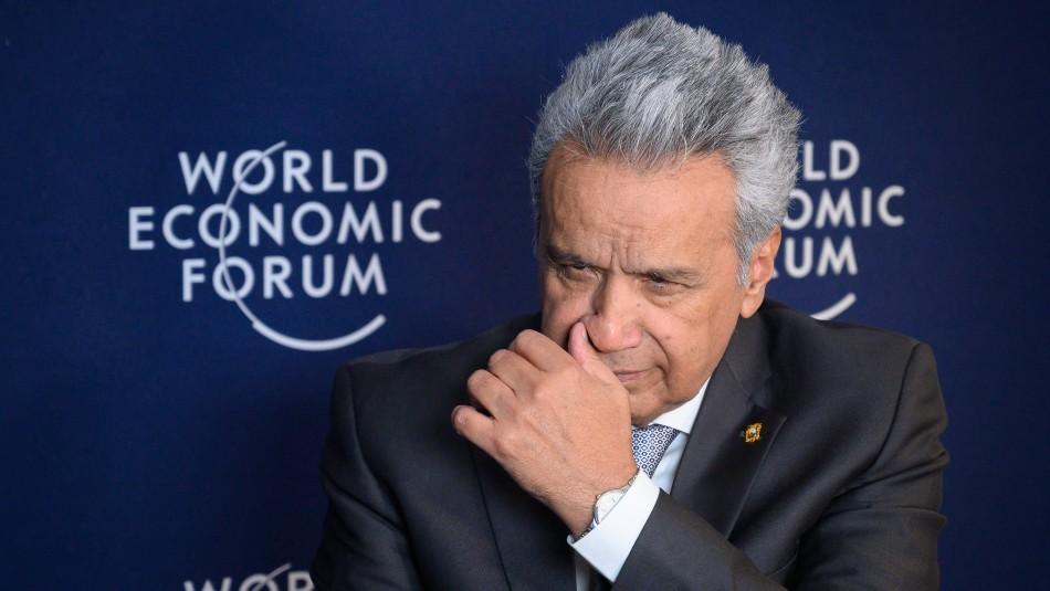 Presidente de Ecuador indulta a una mujer ciega acusada de malversación de 700 dólares