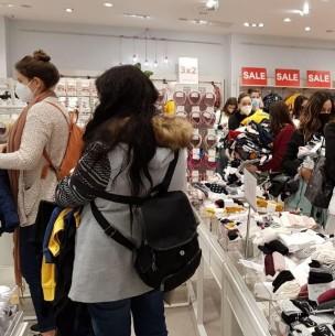 Fiscalización a tienda de Mall Casa Costanera arroja graves irregularidades en permisos y contratos