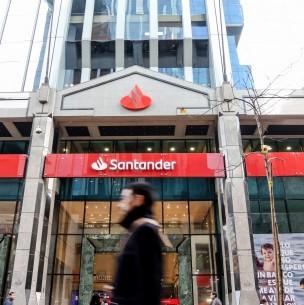 Así será el depósito del dinero correspondiente al retiro de 10% de AFP a clientes de Banco Santander