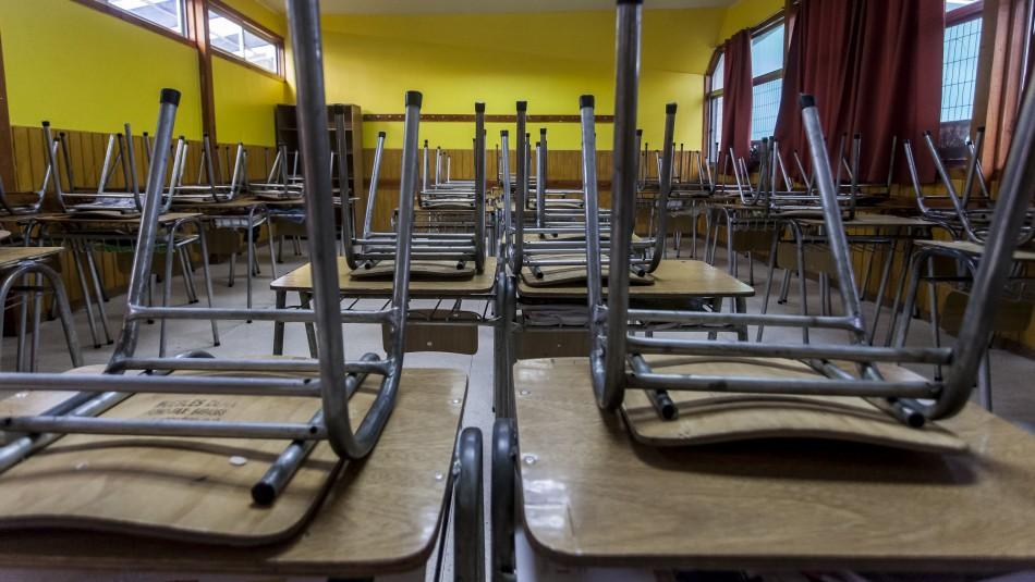 Matthei y eventual reapertura de colegios: