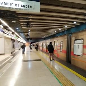Metro anuncia la próxima reapertura de las estaciones Macul, Santa Julia, La Granja y San Ramón