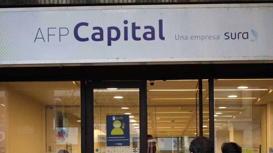 AFP Capital inicia primeros pagos del retiro de fondos: Se depositarán en una sola cuota