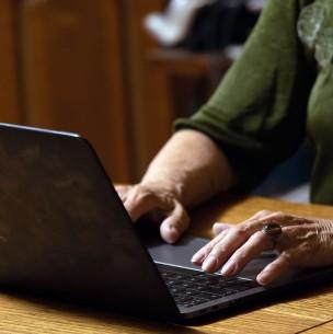 Empleadores que no pagan cotizaciones: Más de un millón de chilenos tiene lagunas previsionales