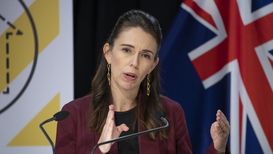 Nueva Zelanda registra primeros casos de coronavirus en 102 días en Auckland y ordena confinamiento