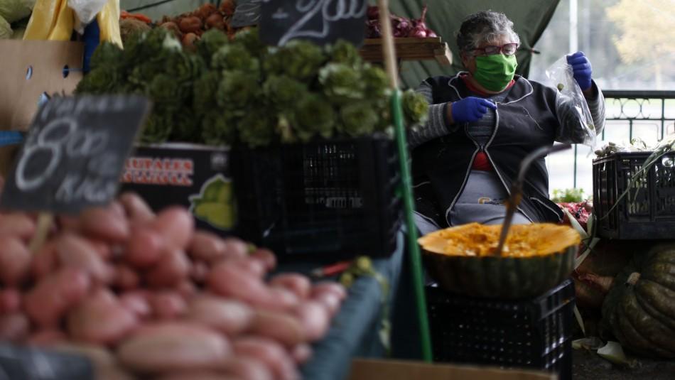 Santiago se prepara para la Transición y lanza protocolo sanitario para locales de atención de público
