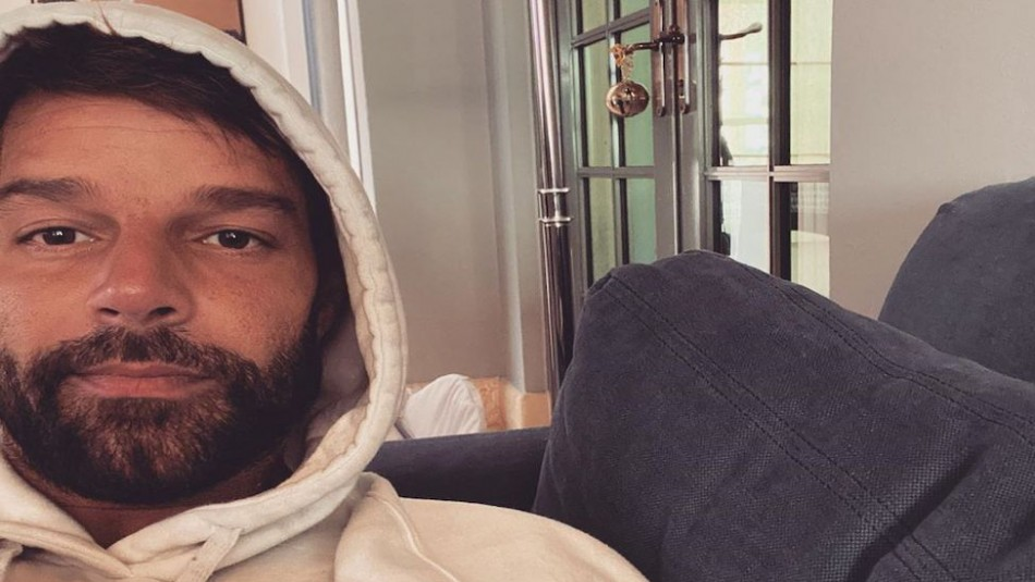 Ricky Martin posa como un rey junto a su marido y confiesa que quiere