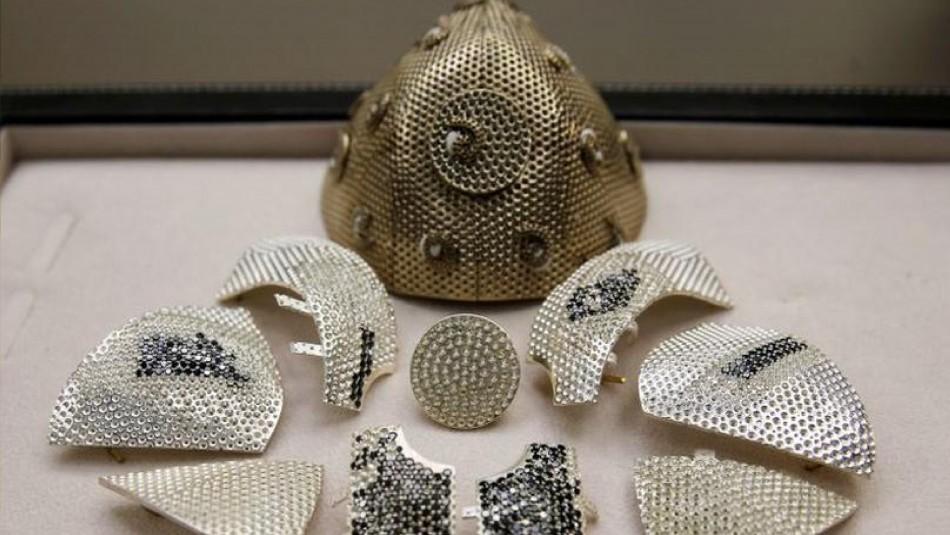 La mascarilla más cara del mundo: Tiene oro y diamante y un precio de 1,5 millones de dólares