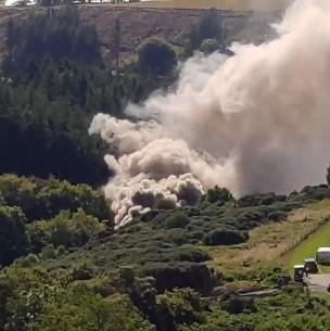 Descarrilamiento de tren deja tres muertos y seis heridos en Escocia