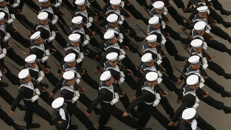 Armada en la mira: Investigan gastos en viajes realizados por oficiales