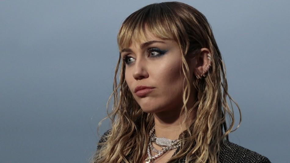 Miley Cyrus revela detalles íntimos sobre sus relaciones y recuerda a Liam Hemsworth