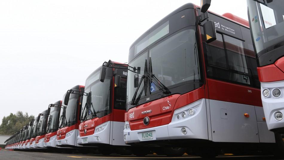 Renovación de flota: Se suman más de 100 buses eléctricos al Eje Alameda de Santiago