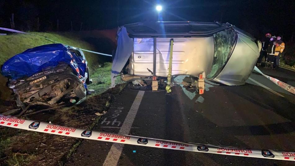 Accidente vehicular deja tres fallecidos en ruta que une a Cauquenes con Parral
