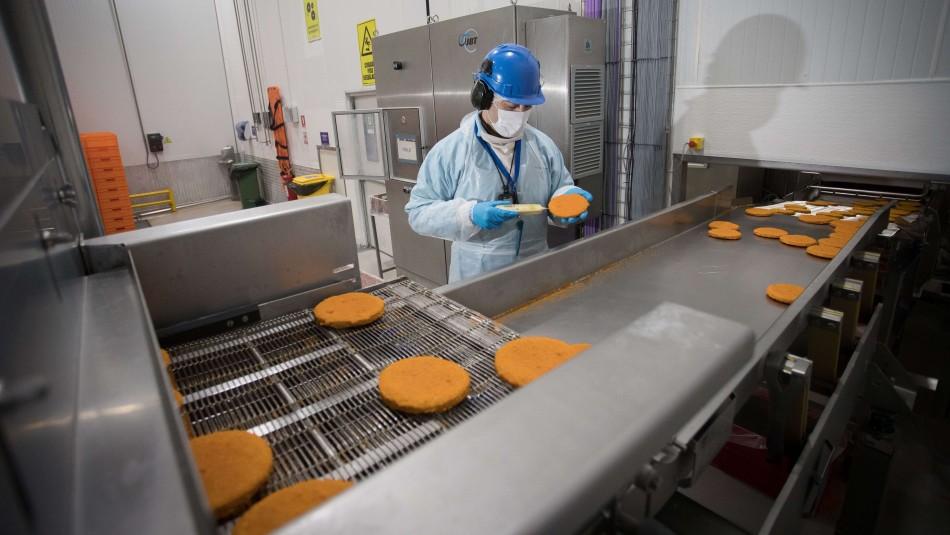 Industria de las carnes blancas da empleo en más de 30 localidades de la zona central
