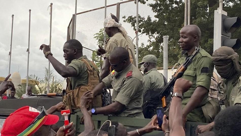 Golpe de Estado en Mali: Líder de motín militar anuncia detención del presidente