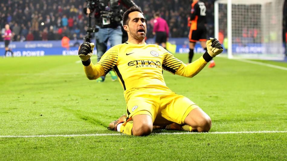 Claudio Bravo se despide del Manchester City.