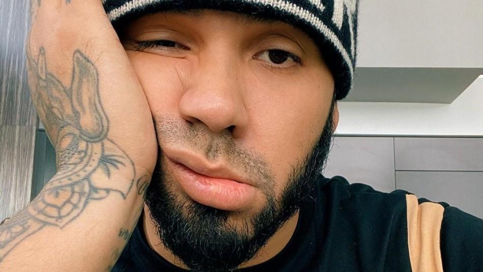 Anuel AA estrena tatuajes en la cara y recibe críticas de sus seguidores