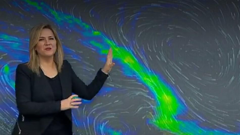 Michelle Adam anuncia días calurosos y un lunes con lluvia a la zona central del país