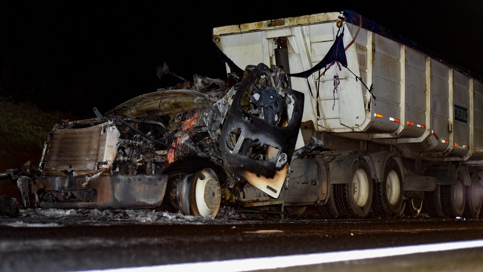 Nuevo ataque incendiario deja a camionero herido en Ruta 5 Sur de La Araucanía
