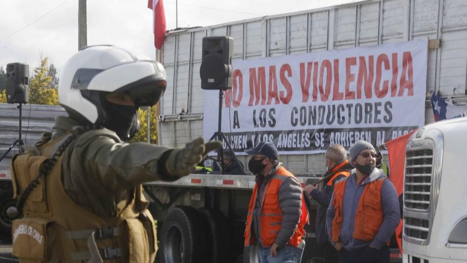 Senador Harboe emplaza al Gobierno a invocar Ley de Seguridad del Estado contra paro camionero