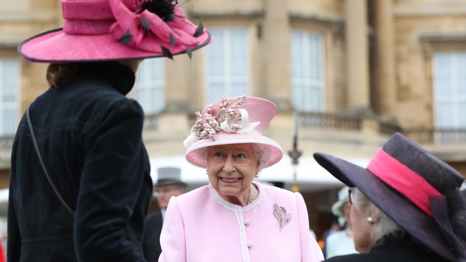 Los motivos por los cuales la Reina Isabel ll no regresará al palacio de Buckingham hasta 2021